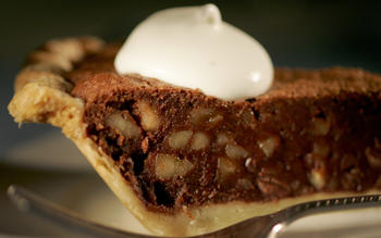 Rum-walnut chocolate-chip pie
