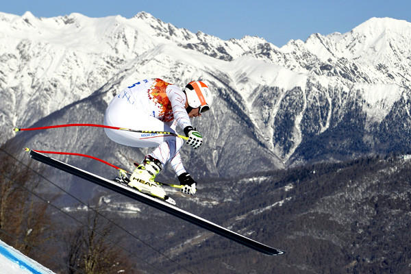 U.S. skier Bode Miller will be one of the favorites when the downhill competition takes center stage on Sunday at the Sochi Olympics.