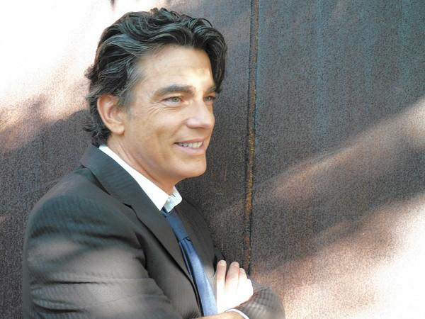 "Tony Award nominee Peter Gallagher, who starred in Fox's ""The O.C.,"" will debut at the Segerstrom Center for the Arts with ""How'd All You People Get In My Room?"" between Feb. 13 and 15."