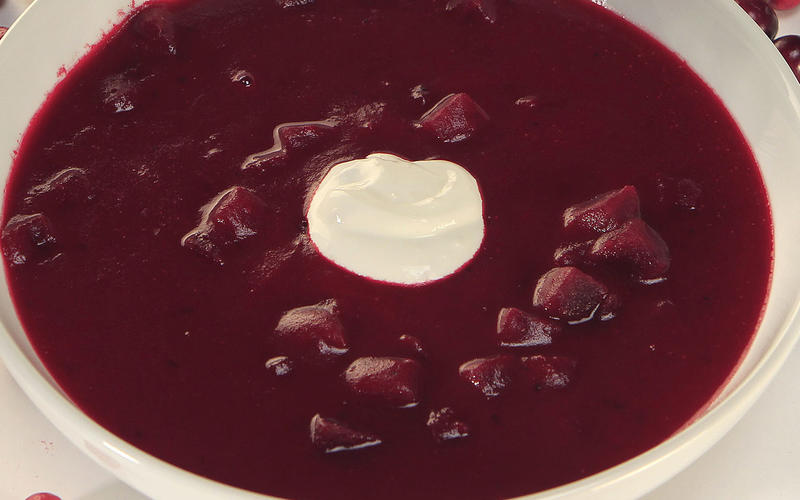 Roasted cranberry borscht