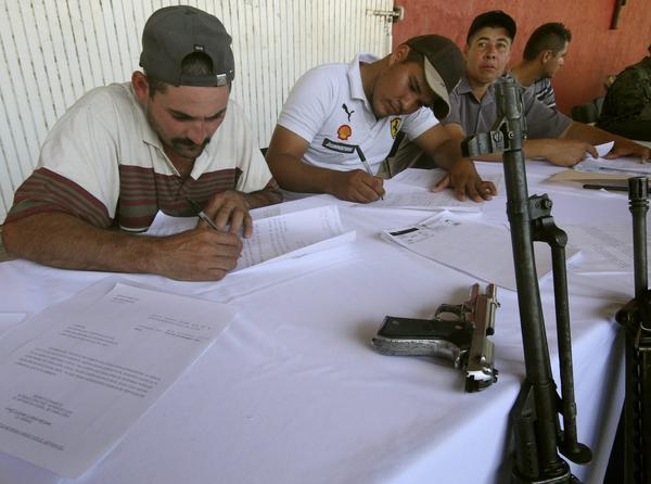 Mexican self-defense groups register