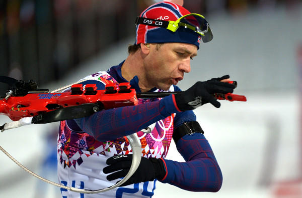 Norway's Ole Einar Bjoerndalen prepares to shoot during the men's biathlon 10-kilometer sprint on Saturday at the Laura Cross-Country Ski and Biathlon Center.