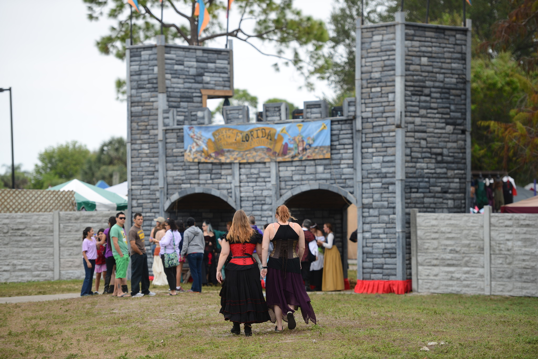 Renaissance Festival photos - Castle Wall