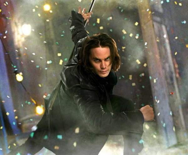 "Taylor Kitsch as Gambit in ""X-Men Origins: Wolverine."""