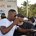 Jamie Foxx and DJ take the stage