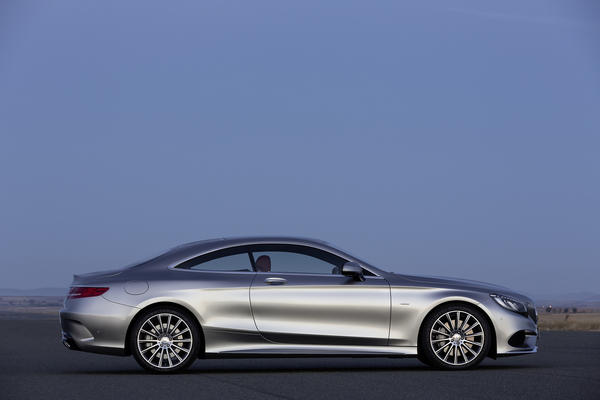 The full-size 2015 Mercedes-Benz S550 coupe will replace the CL when it goes on sale in the fall.