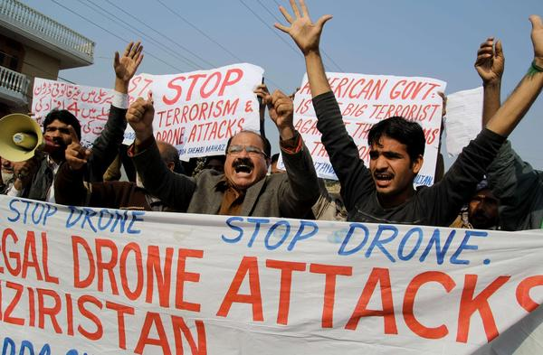 Pakistanis protest drone attacks