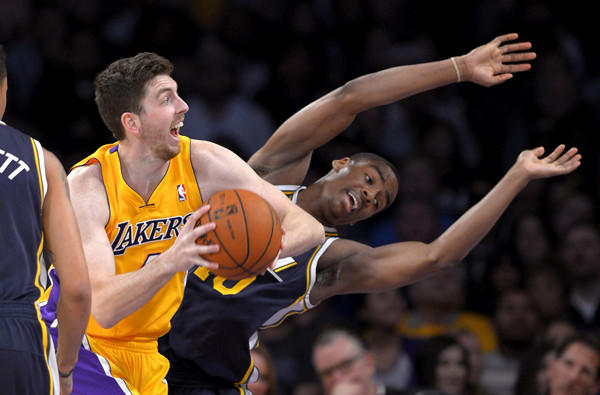 Ryan Kelly, Alec Burks