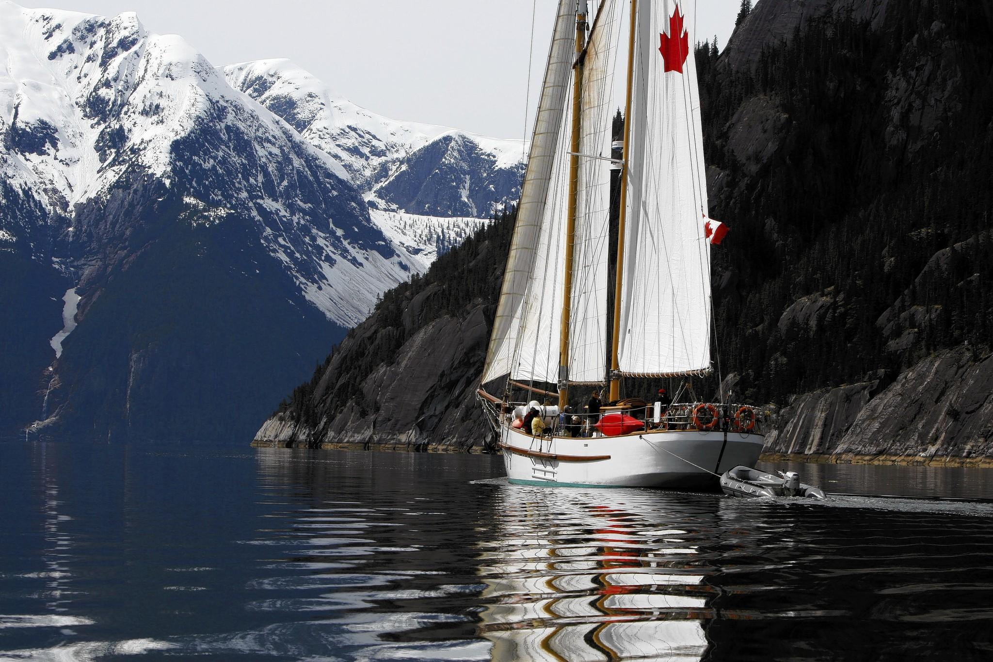 Maple Leaf Adventures uses small ships to get in close to the Canadian wilds.