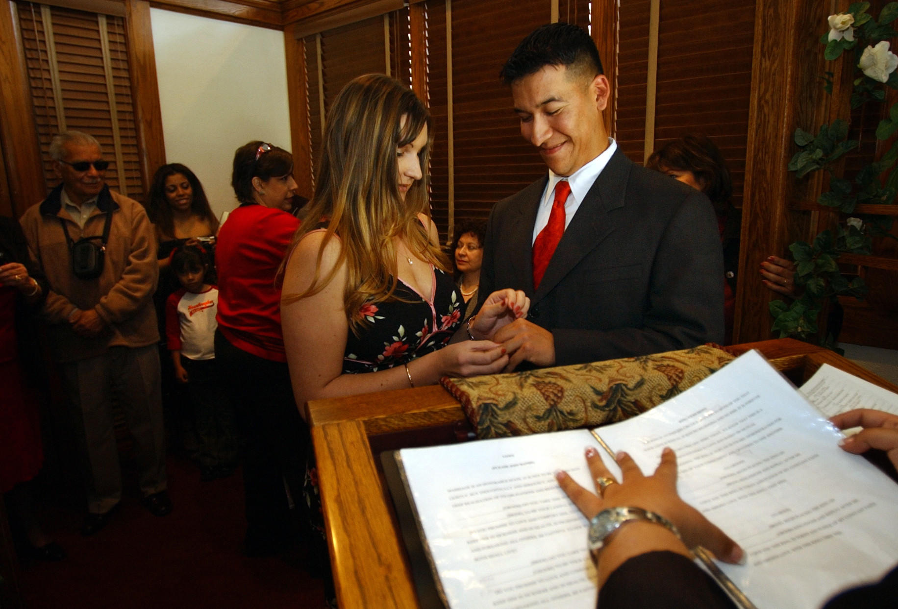 Valentine 39 s day county clerks prepare for busy wedding day latimes - Orange county clerk s office ...