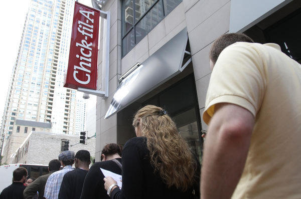 A line of customers at a Chick-fil-A in downtown Chicago.