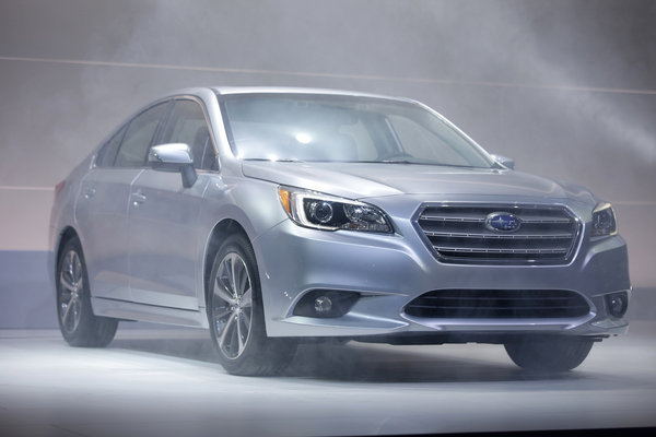 2015 subaru legacy headlines chicago auto show debuts chicago tribune. Black Bedroom Furniture Sets. Home Design Ideas