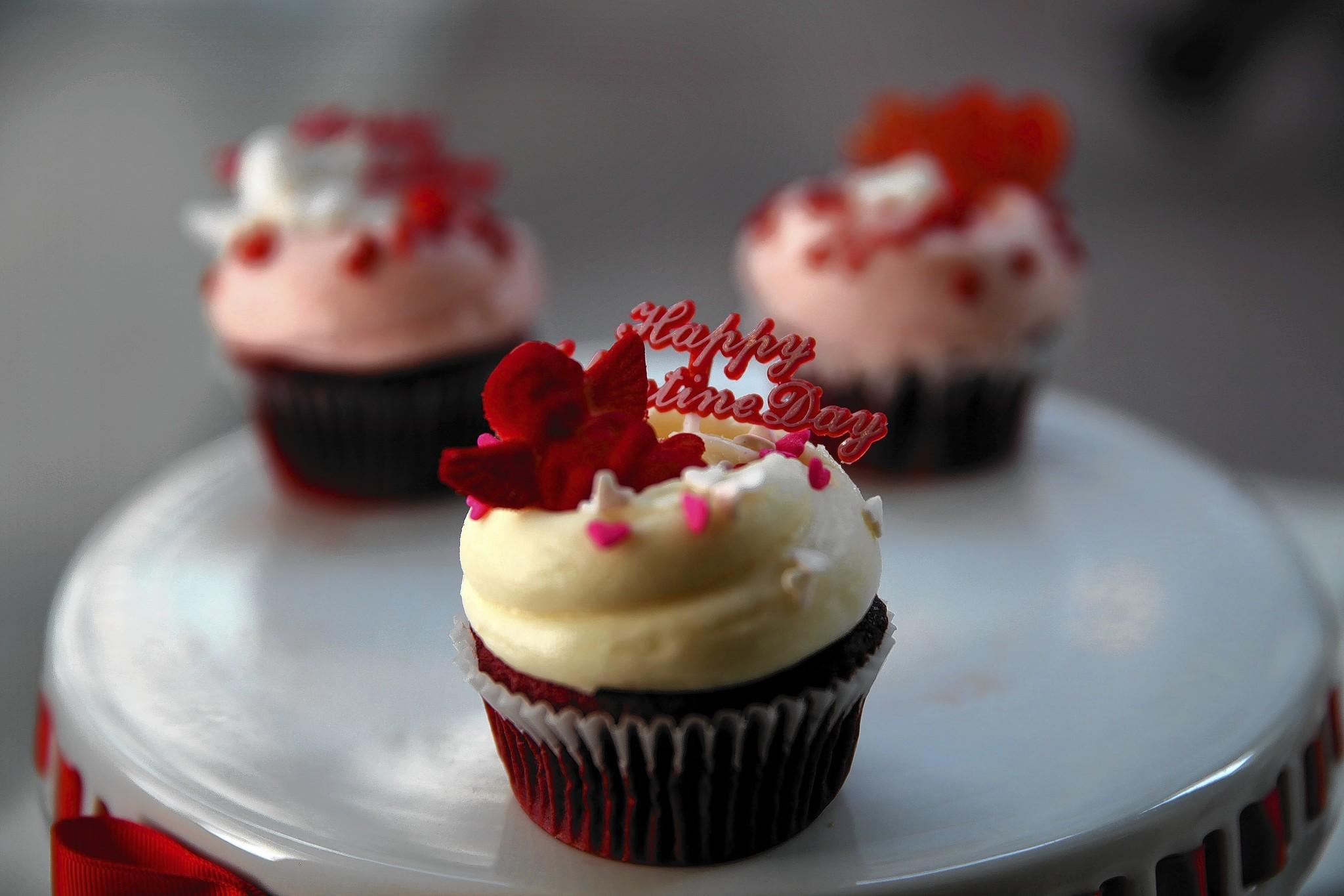 Red Velvet Valentine's Day cupcakes with vanilla buttercream frosting from Magnolia Bakery at State and Randolph Streets in Chicago.