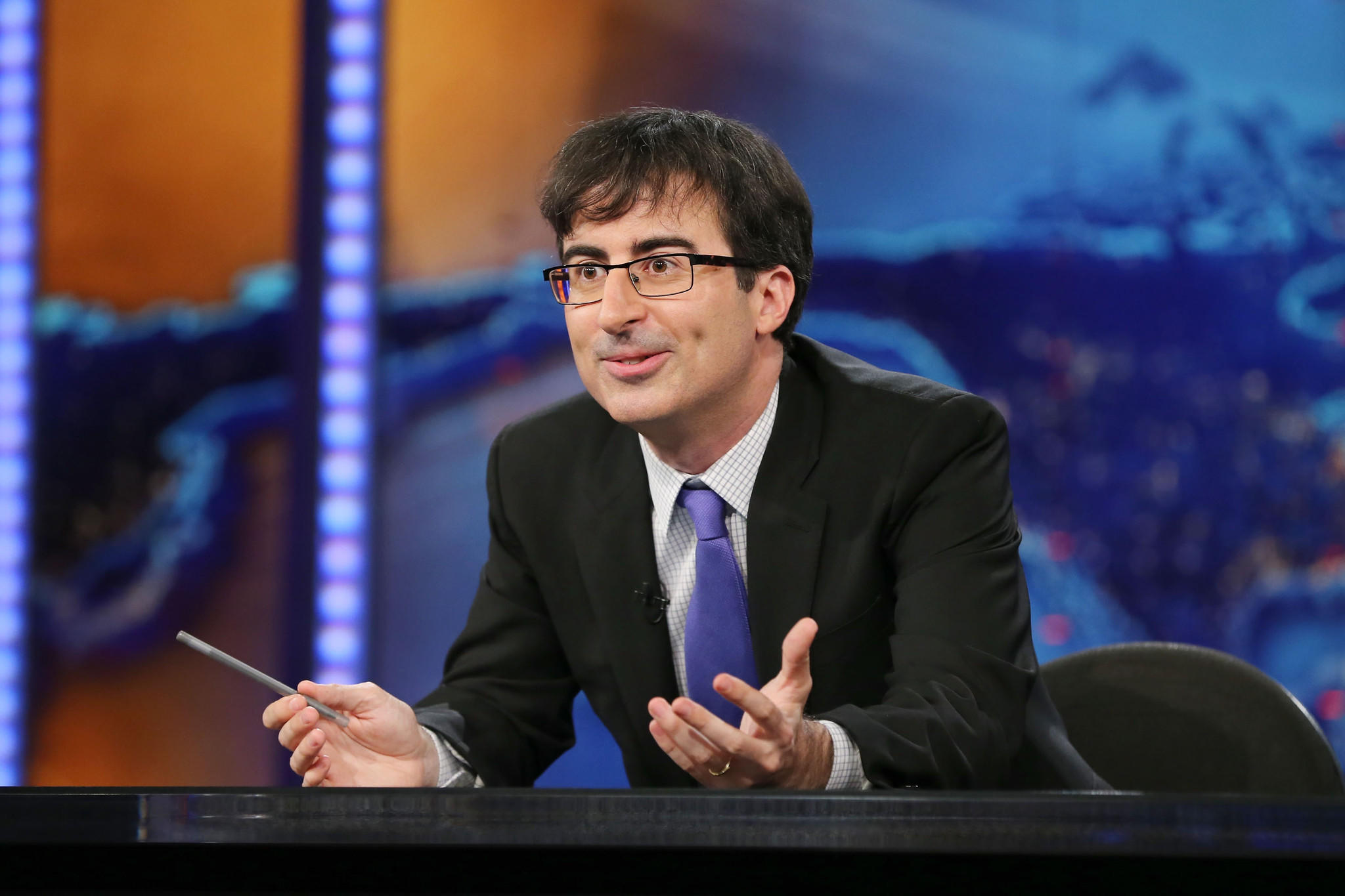 "John Oliver, who filled in for host Jon Stewart on ""The Daily Show,"" launches his own HBO series in April."