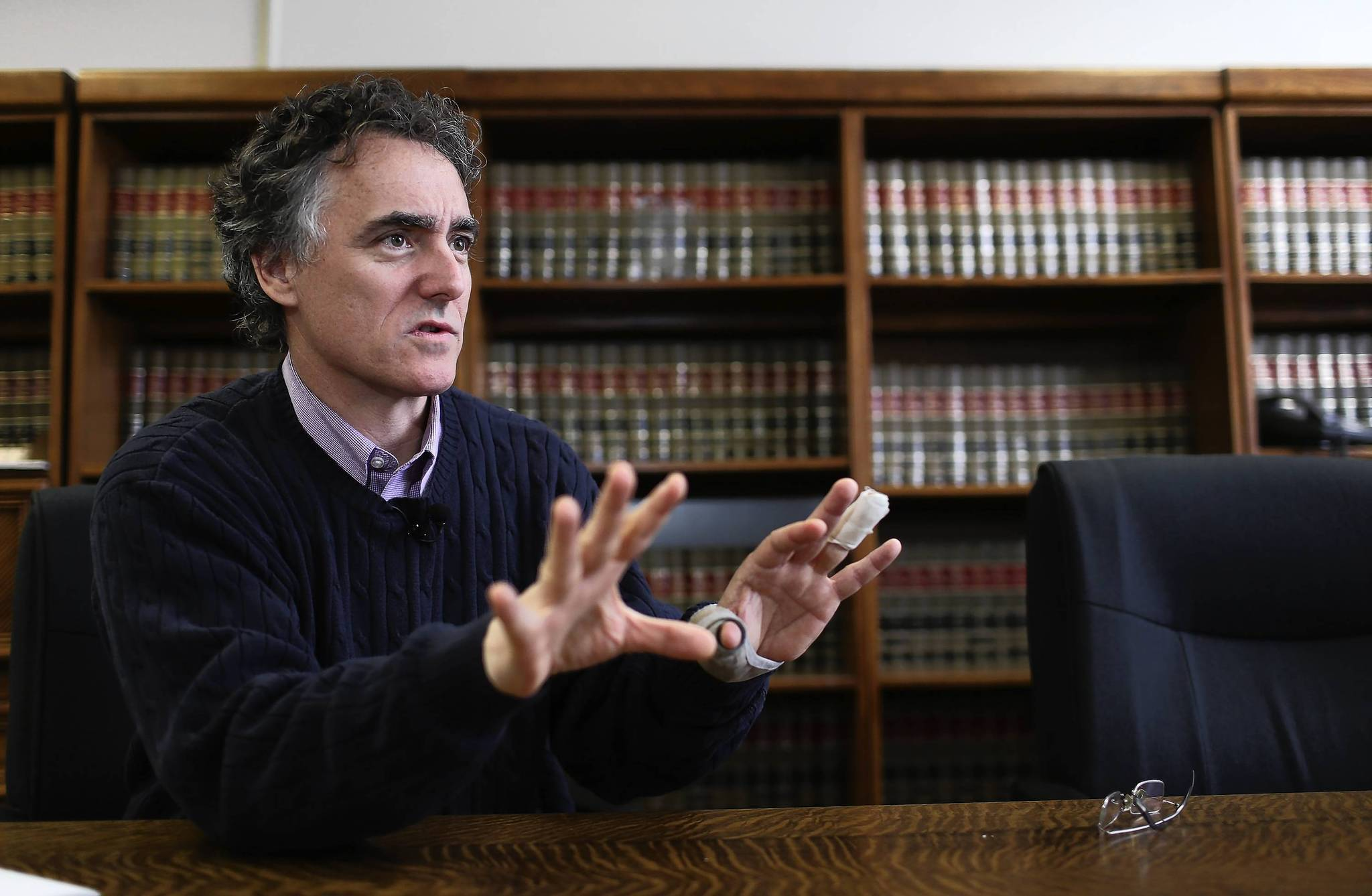 Sheriff Tom Dart is asking the Cook County board to let him become a suburb's inspector general if that municipality has failed to file two years of financial audits as required by state law.