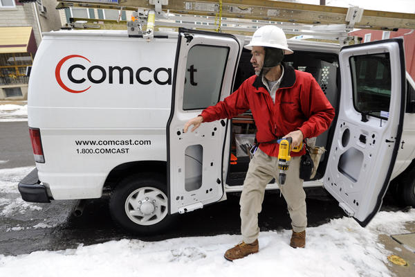 Comcast makes $45.2 billion bid for Time Warner Cable