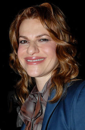 <b>Bernhard at Posen show</b><br> Actress Sandra Bernhard attends the Zac Posen spring/summer 2007 fashion show in New York on Sept. 14.