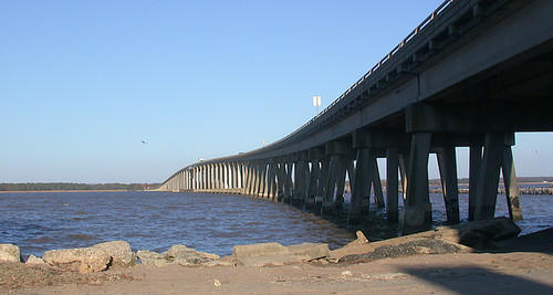 The bridge crossing the Rappahannock River
