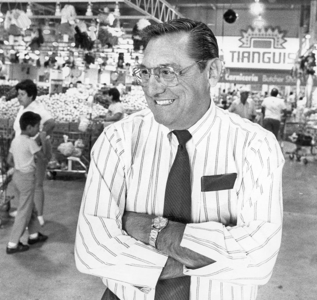 Bill Davila dies at 82; rose from sweeping floors to president of ...