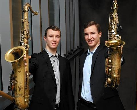 From left, musicians Peter and Will Anderson.