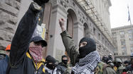 Ukraine political crisis defused as protesters accept amnesty