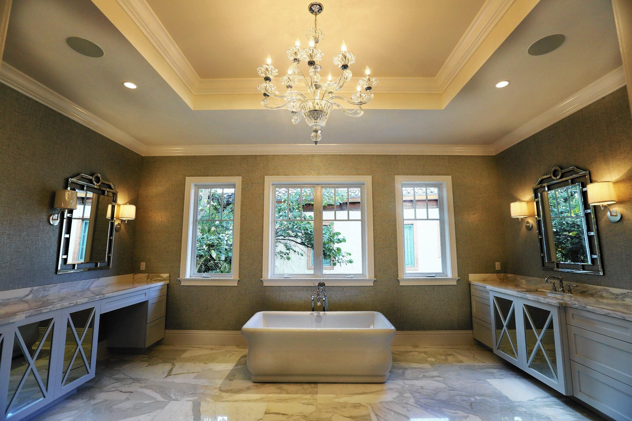 Superbe Master Bathroom Designed By Bridget Conway, Principal Of Lighthouse  Interiors.