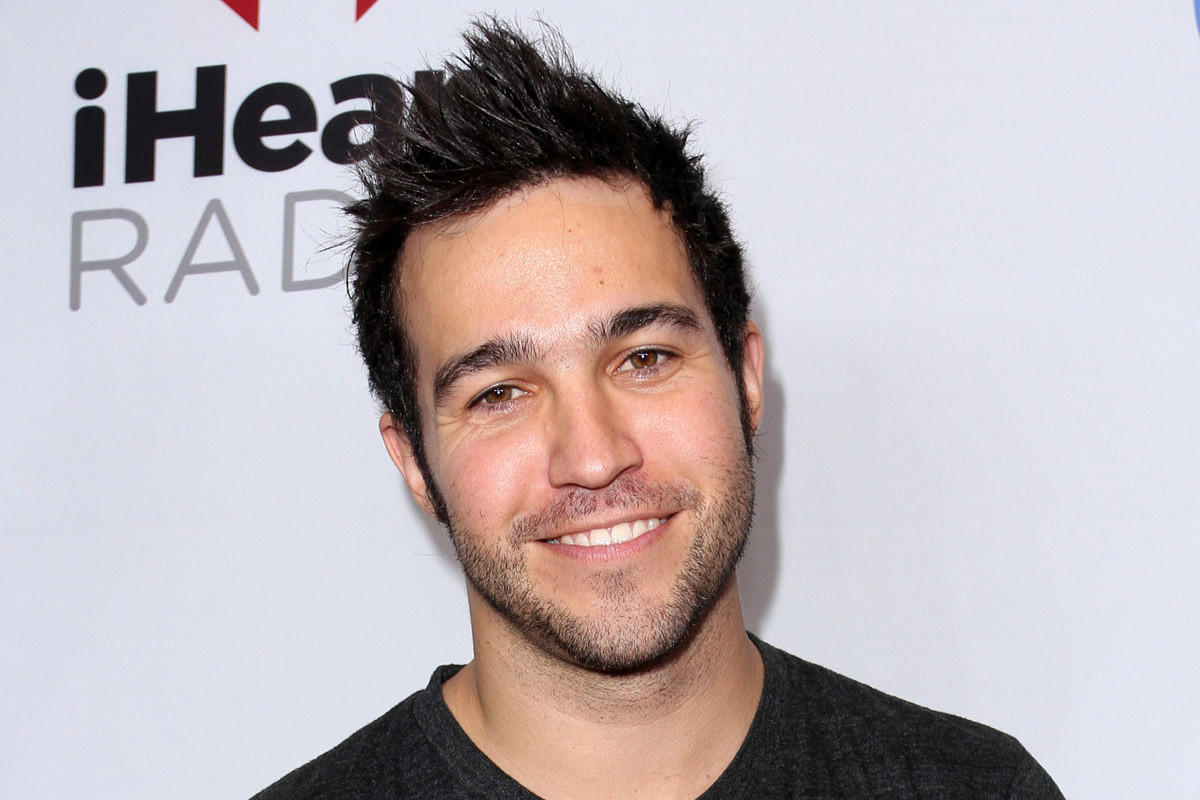pete wentz bass guitarpete wentz 2007, pete wentz 2016, pete wentz 2017, pete wentz height, pete wentz 2015, pete wentz png, pete wentz gif, pete wentz son, pete wentz blonde, pete wentz 2005, pete wentz meagan camper, pete wentz is the only reason we're famous lyrics, pete wentz house, pete wentz 2008, pete wentz i don't care, pete wentz bass guitar, pete wentz makeup, pete wentz one tree hill, pete wentz talking about his depression, pete wentz dog