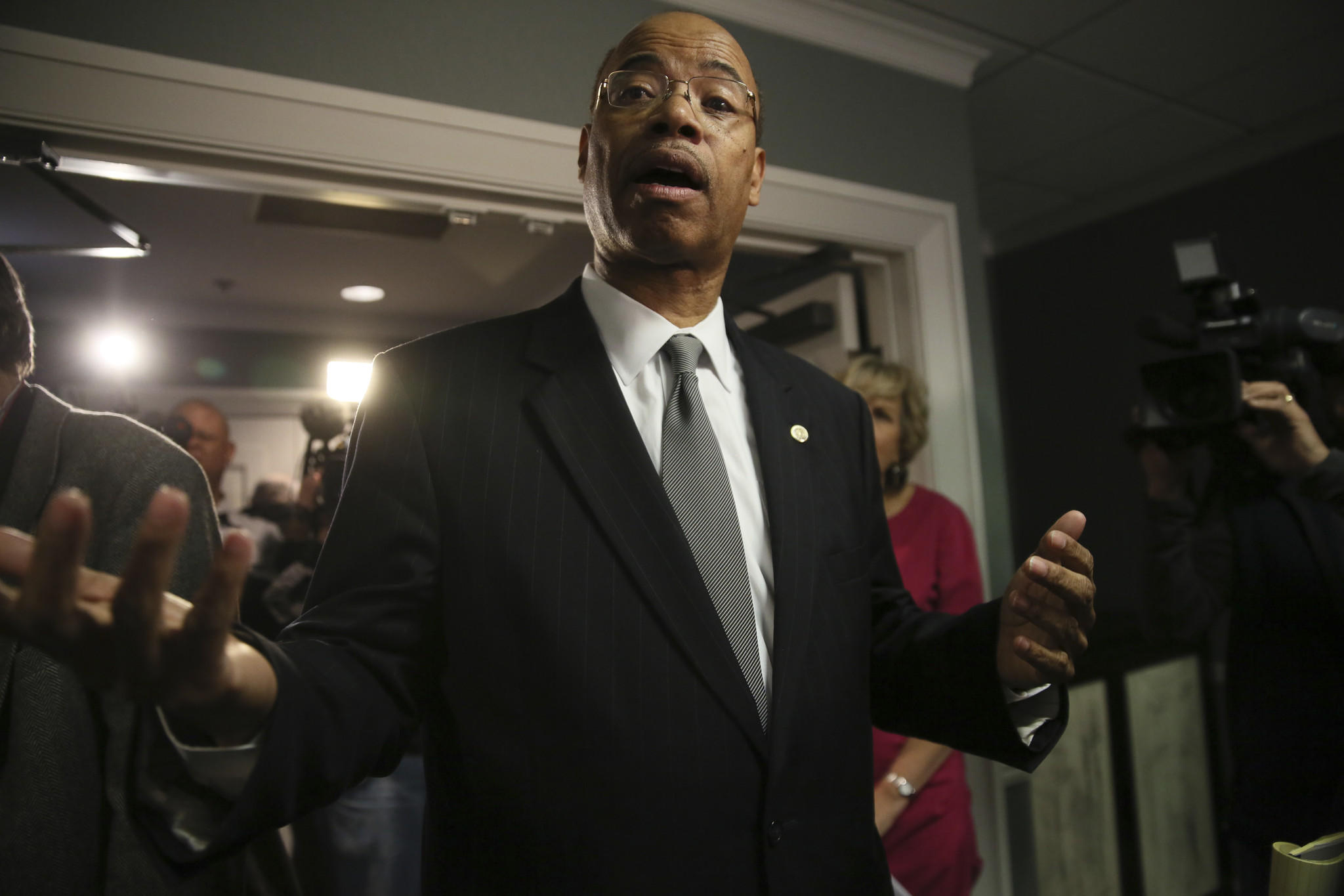 Former U.S. Rep. Mel Reynolds speaks talks to reporters in November 2012 after announcing his candidacy for the seat of Jesse Jackson, Jr.