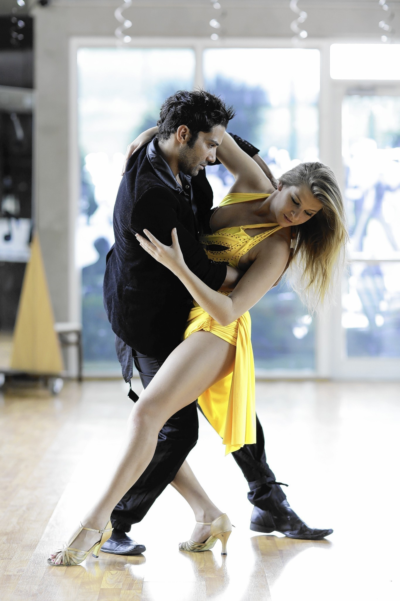 Learn to dance salsa advanced mastery system