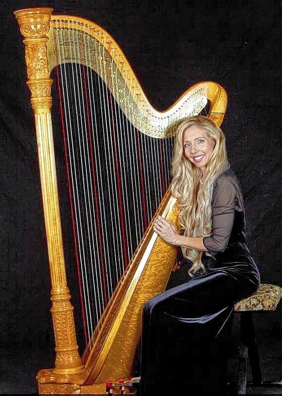 Harpist Nici Haerter.