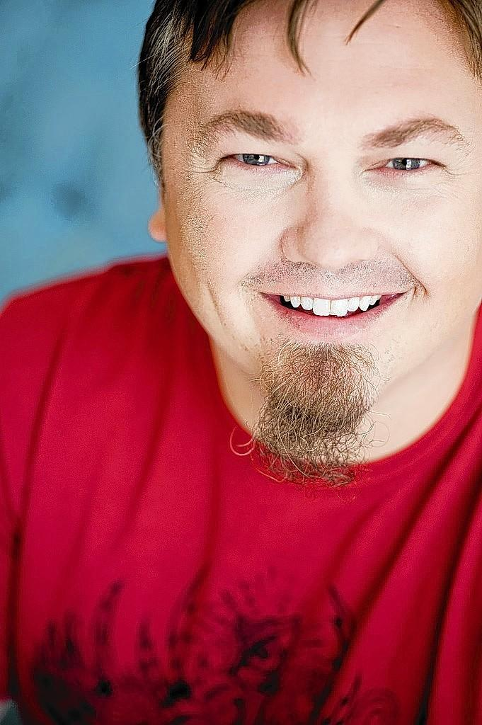 Edwin McCain to perform at Velvet Sessions at Universal's Hard Rock Hotel