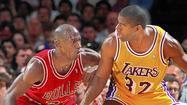 'Showtime' chronicles glitzy Lakers era of Magic, Kareem and Riley