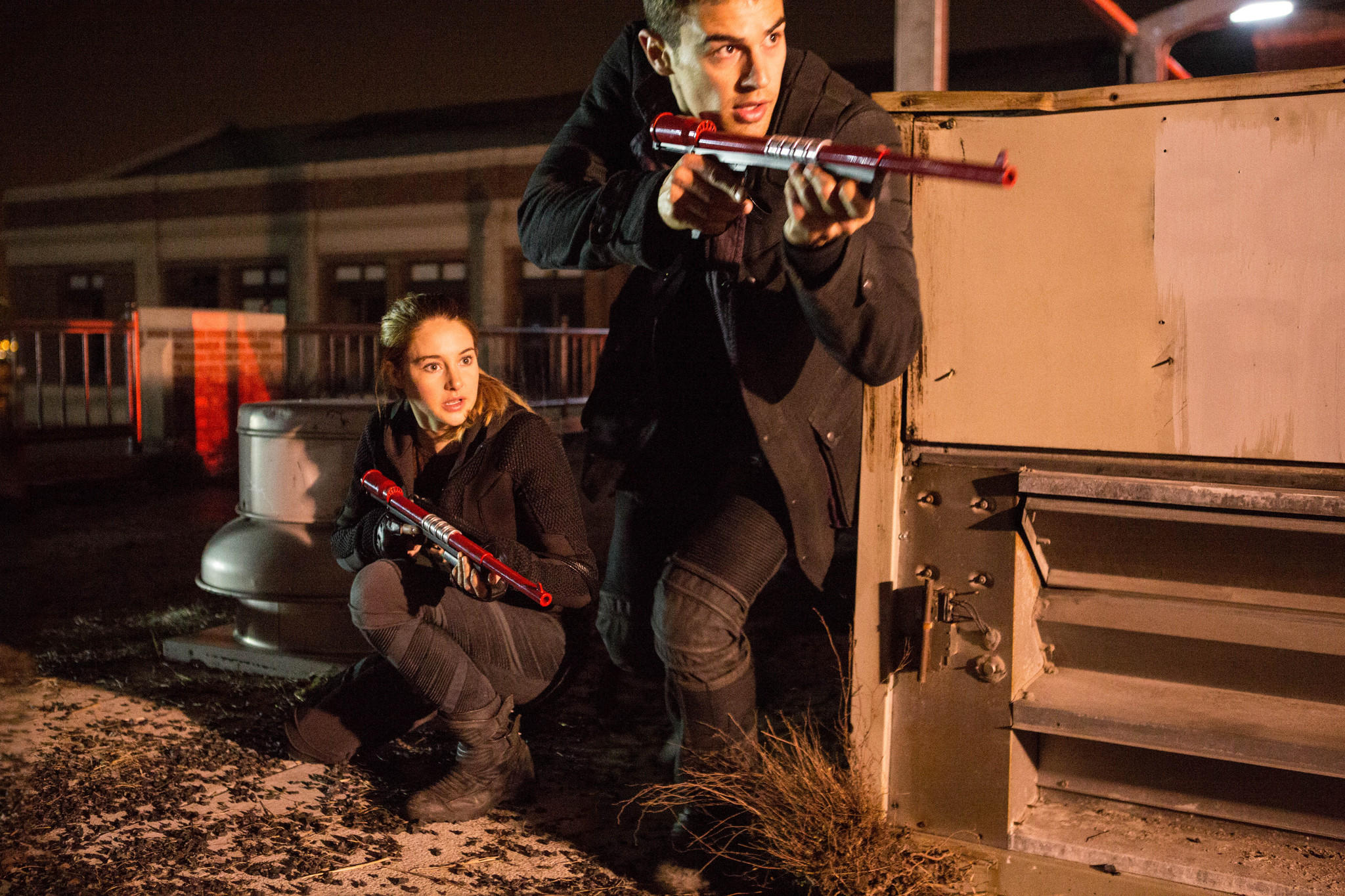 "Shailene Woodley (left) and Theo James (right) star in ""Divergent."""
