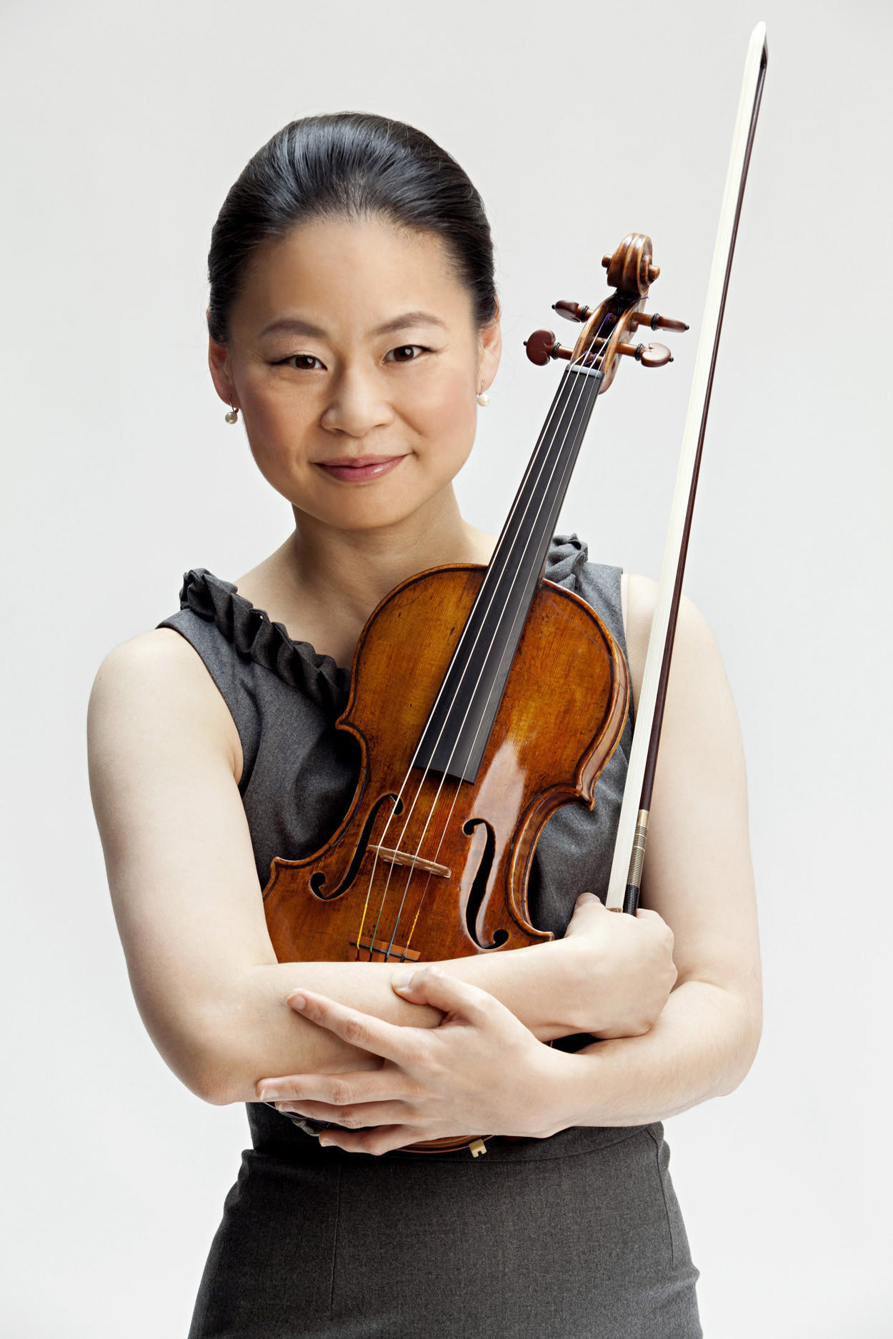 Violinist Midori will guest with the Orlando Philharmonic Orchestra.