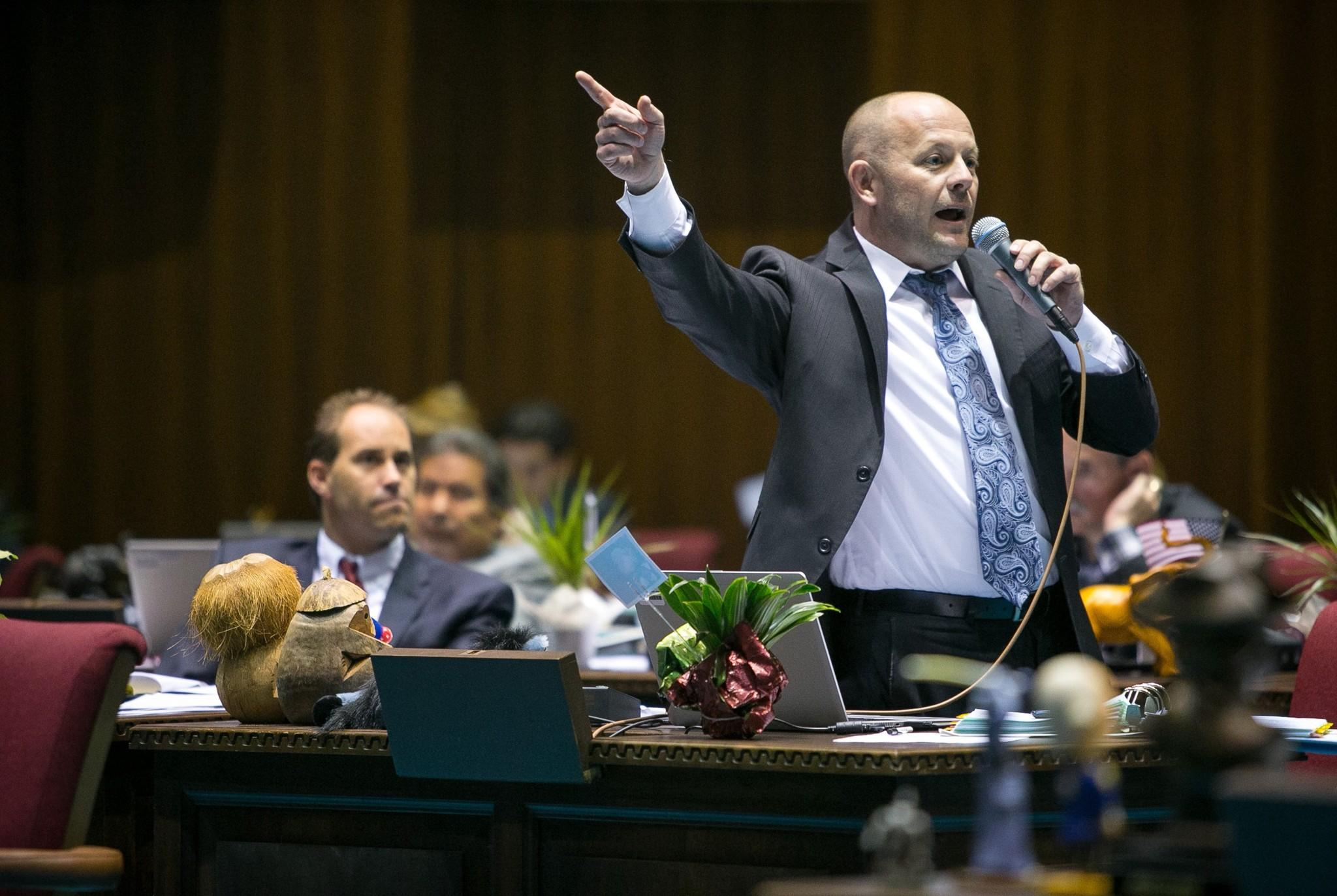 House Minority Leader Chad Campbell (D-Phoenix) argues against House Bill 2153.