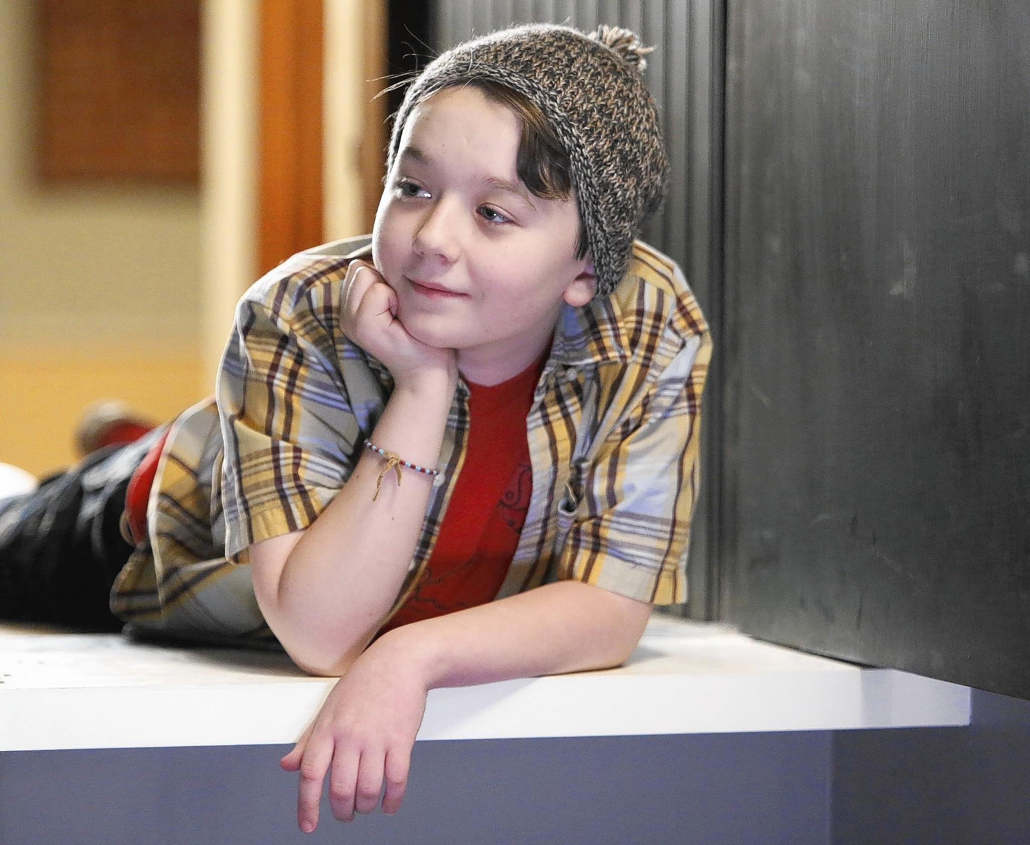 About a Boy (2002) - IMDb