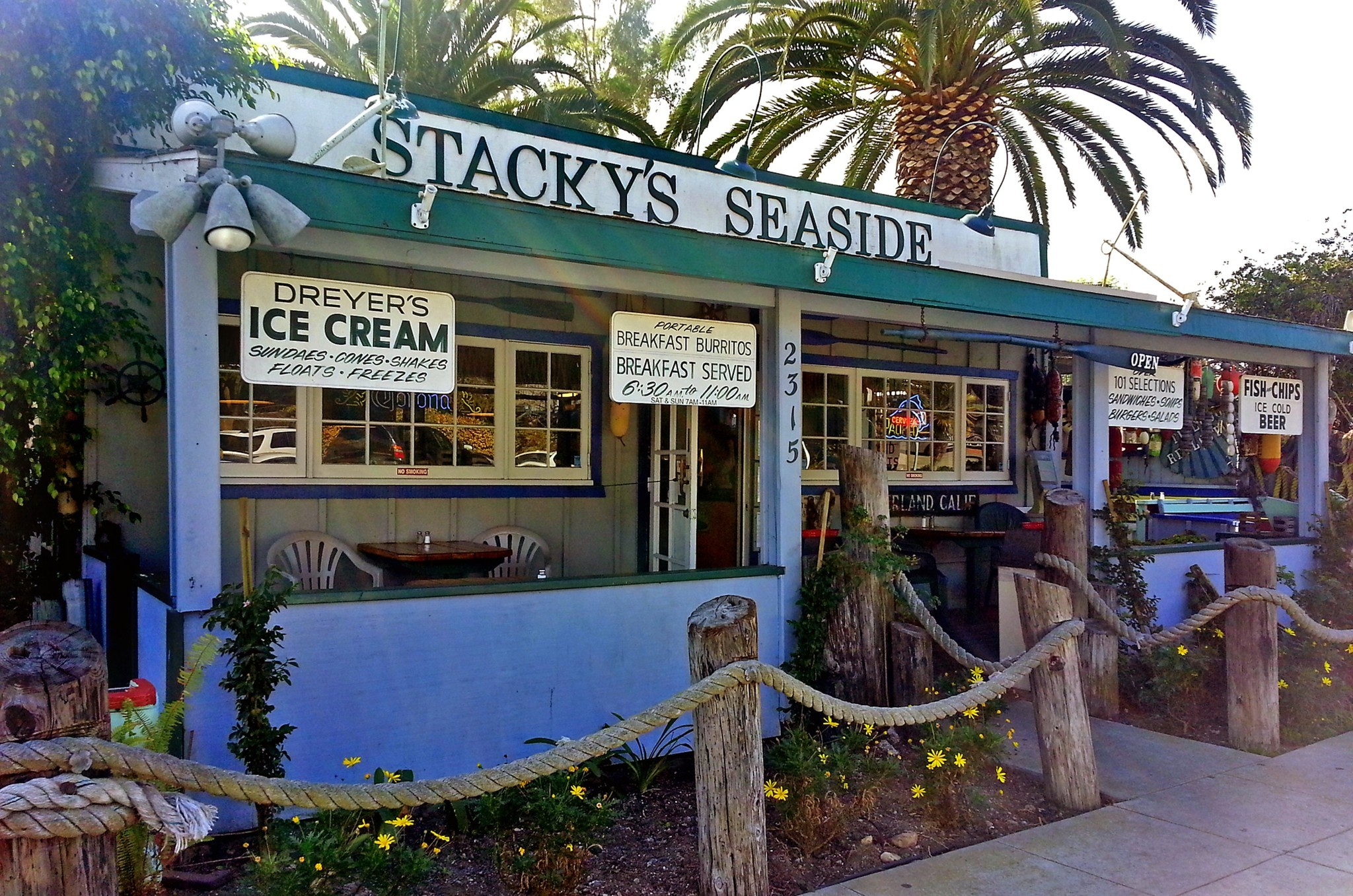 A getaway to sunny Summerland - Stacky
