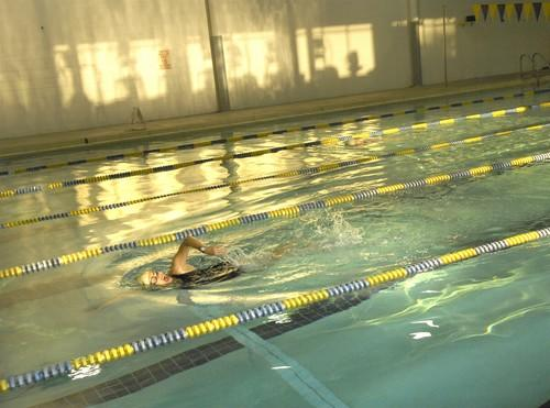 Swimmer completes laps