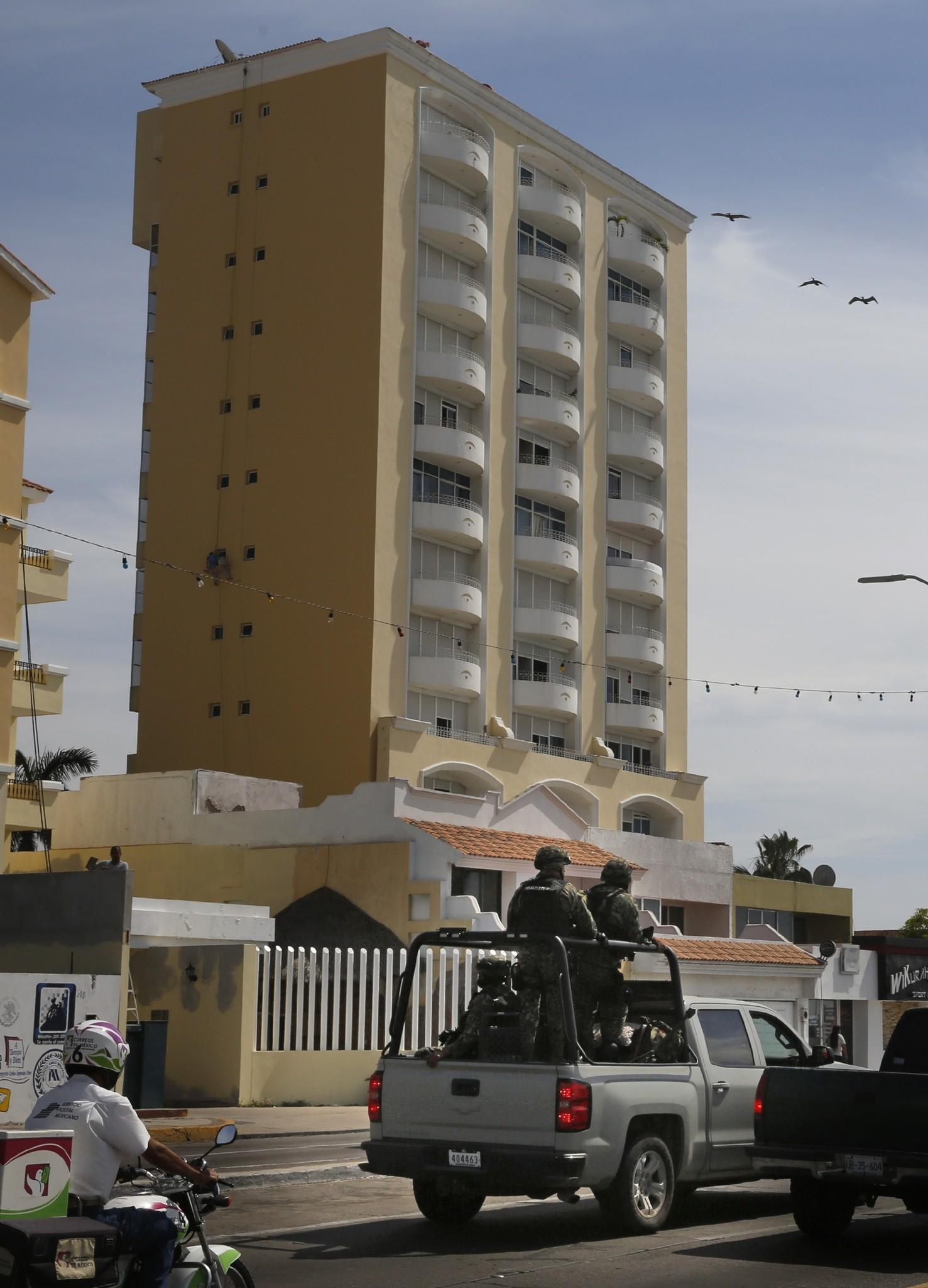 "Inside the condo where Joaquin ""El Chapo\"" Guzman was captured - Condo in Mazatlan, in Sinaloa state"