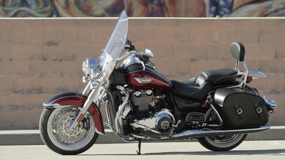 First Times Ride: 2014 Triumph Thunderbird LT