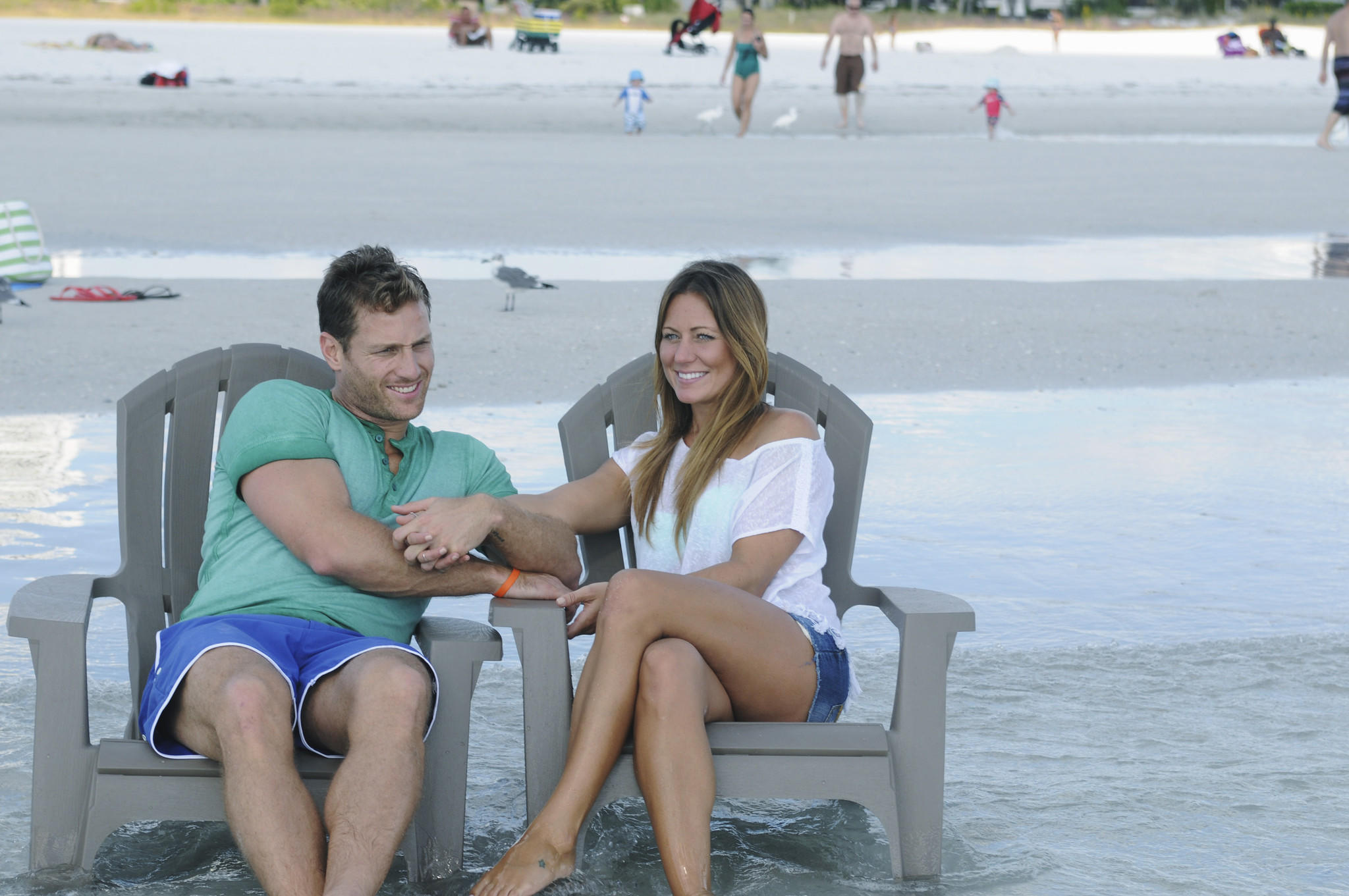 """On """"The Bachelor,"""" Juan Pablo's emotional tour continues in Sarasota, Fla., as he meets up with single mom Renee."""