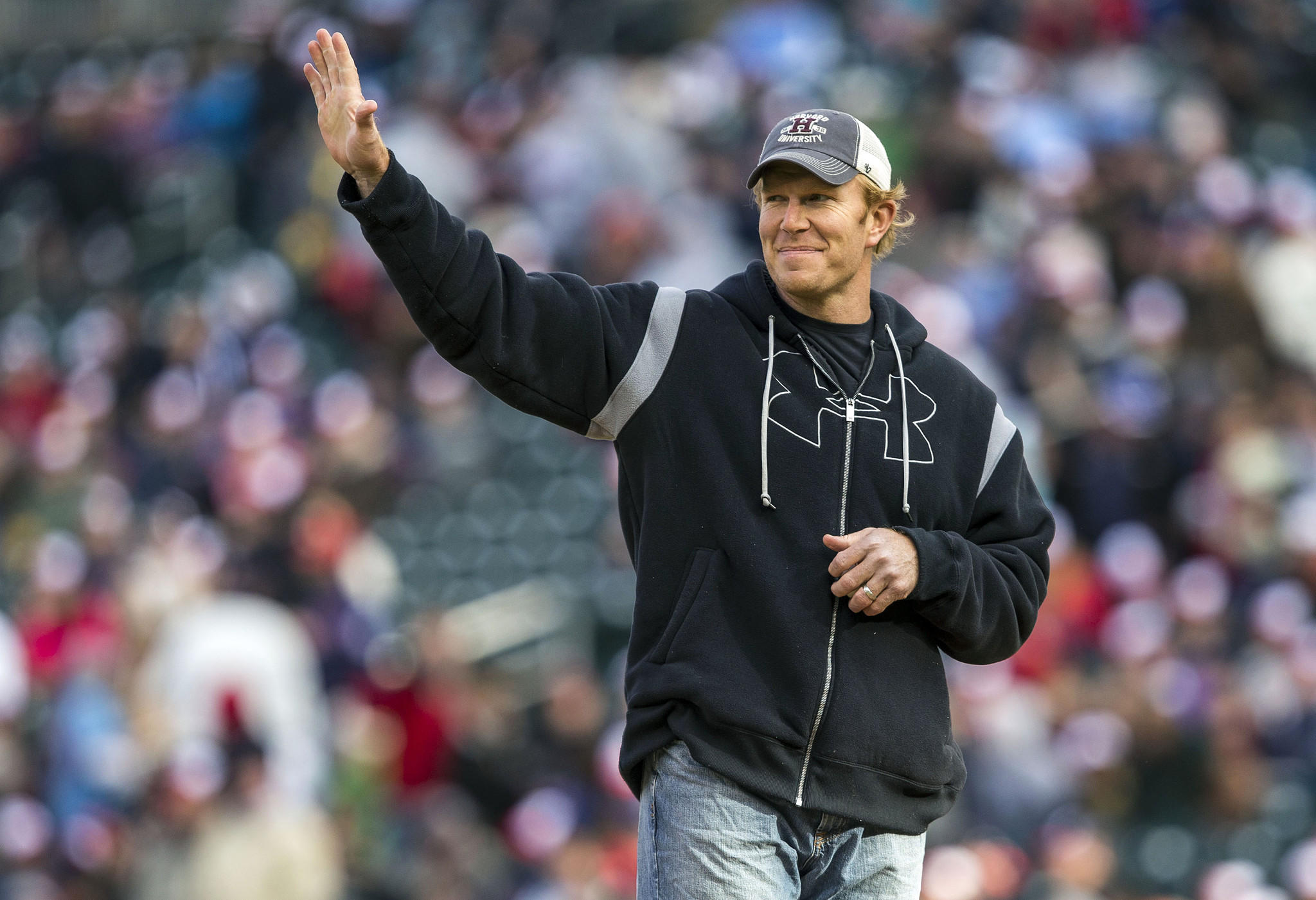 Retired ex-Raven Matt Birk threw out the first pitch at an Orioles-Twins game in Minneapolis last year.