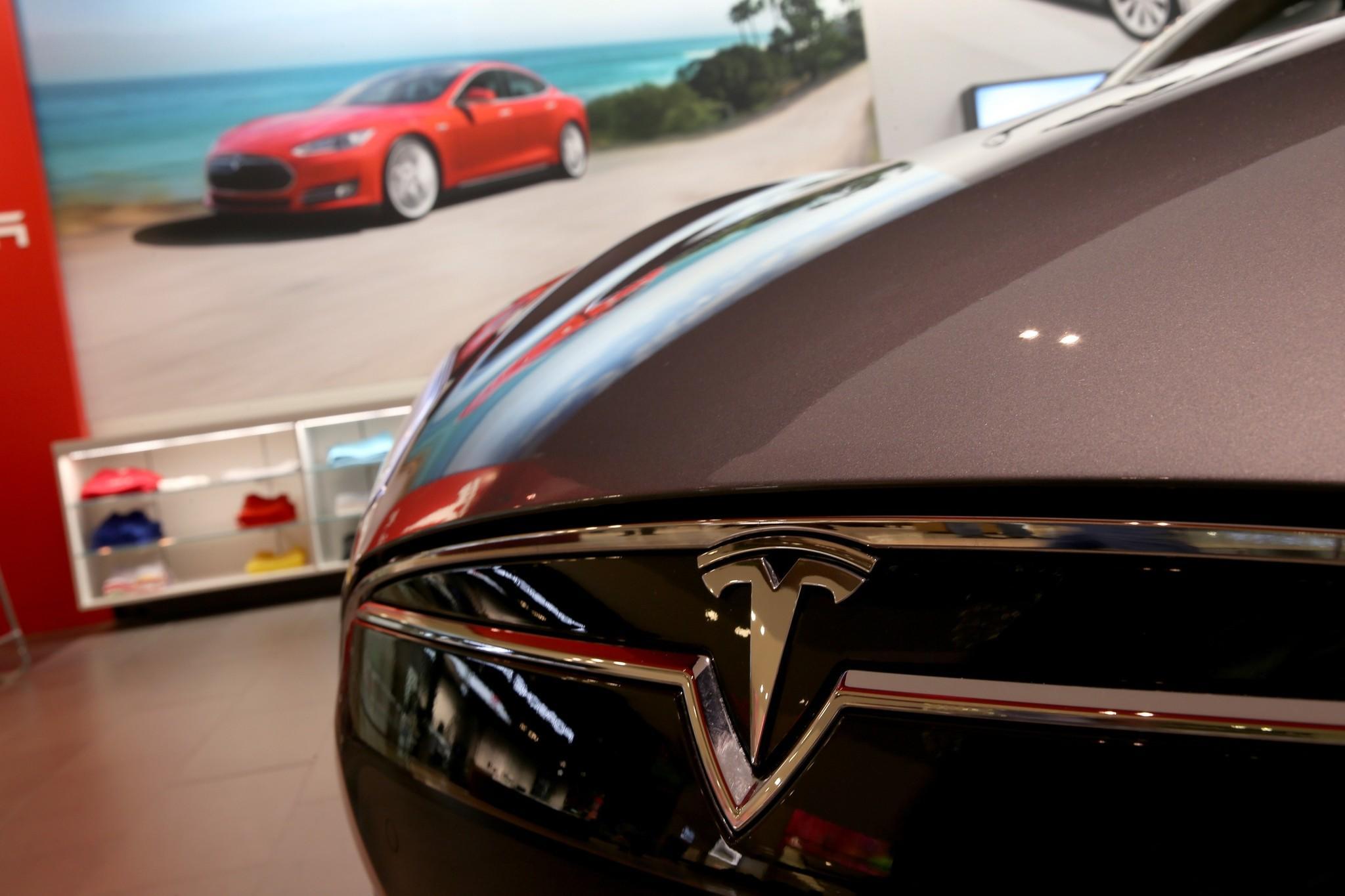 Consumer Reports Names Tesla Top Pick In Annual Car Rankings Latimes - Sports car rankings