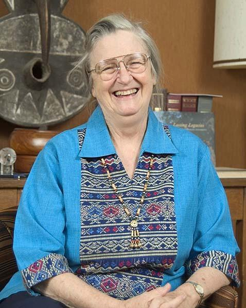 "<a class=""taxInlineTagLink"" id=""OREDU0000040"" title=""Indiana University"" href=""/topic/education/colleges-universities/indiana-university-OREDU0000040.topic"">Indiana University</a> professor Elinor Ostrom was awarded the <a class=""taxInlineTagLink"" id=""8006070"" title=""Nobel Prize Awards"" href=""/topic/arts-culture/nobel-prize-awards-8006070.topic"">Nobel Prize</a> in Economic Sciences along with Oliver Williamson, a professor from <a class=""taxInlineTagLink"" id=""OREDU00000197"" title=""UC Berkeley"" href=""/topic/education/colleges-universities/uc-berkeley-OREDU00000197.topic"">University of California Berkeley</a>. She is the the first female to win the economic prize since its creation in 1968."