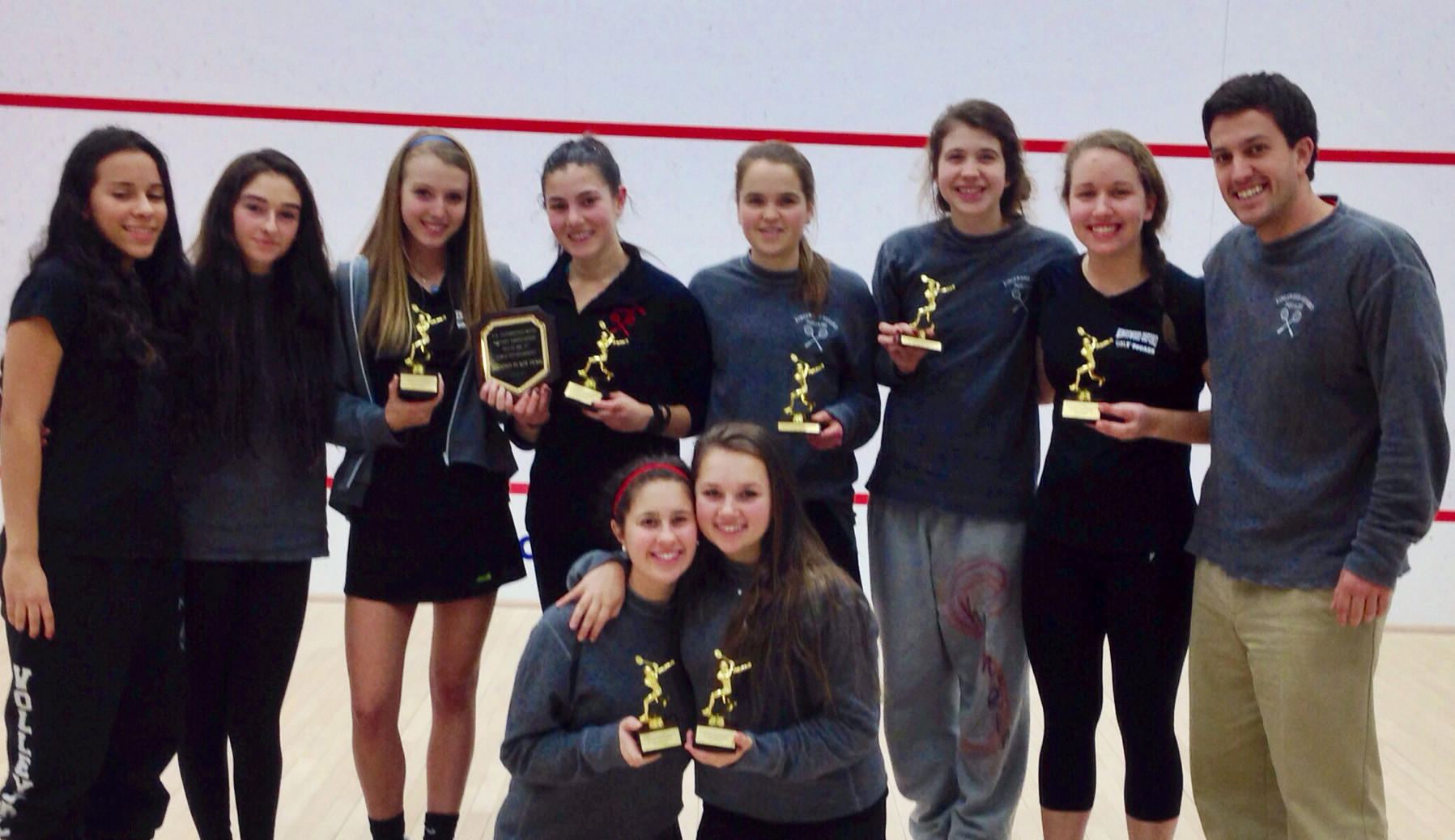 The KO Girls' Varsity Squash team came in 2nd at New Englands, one point behind the winner, and also brought home the peer-chosen Sportsmanship Award.
