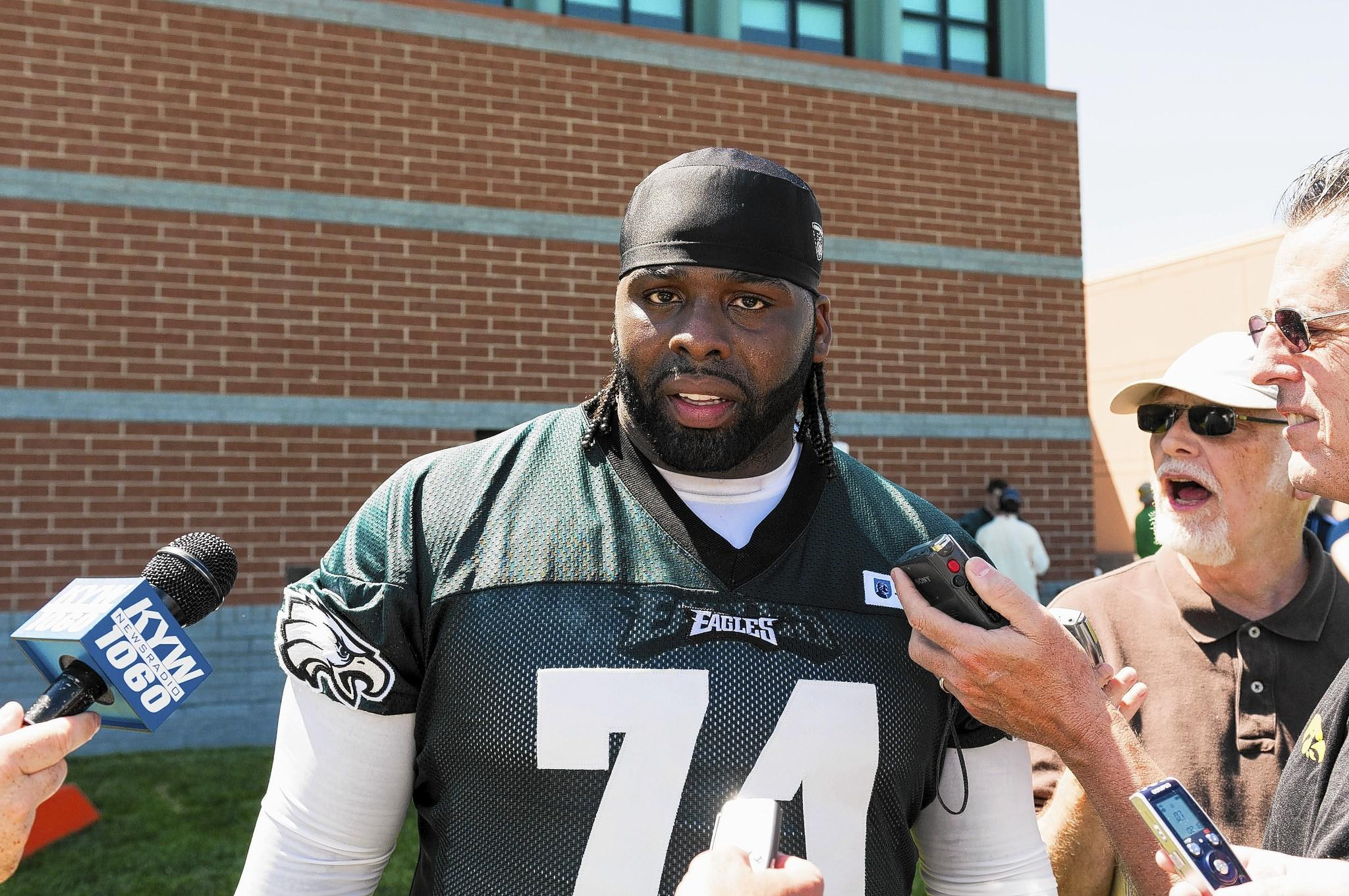 Left tackle Jason Peters and the Philadelphia Eagles agreed on Wednesday to a five-year contract that could keep Peters in Philadelphia through 2018