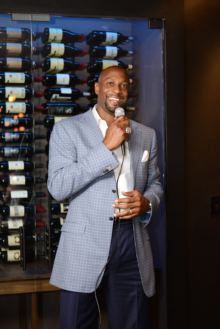 Celeb-spotting around South Florida - Alonzo Mourning