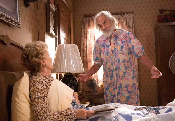 "Cloris Leachman and Tommy Chong in ""Raising Hope"" on Fox."