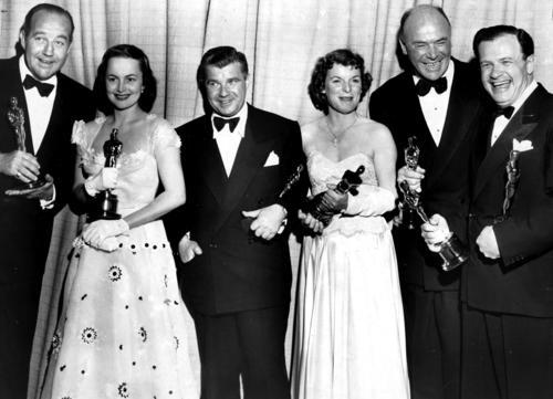 1950 Oscar recipients Broderick Crawford, Olivia de Havilland, Robert Rossen, Mercedes McCambridge and Dan Jagger.