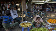 Myanmar violence between Buddhists, Muslims threatens reforms